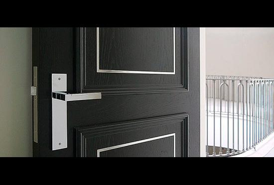 Puertas Pucho y el estilo inglés para lograr un hogar «elegante»