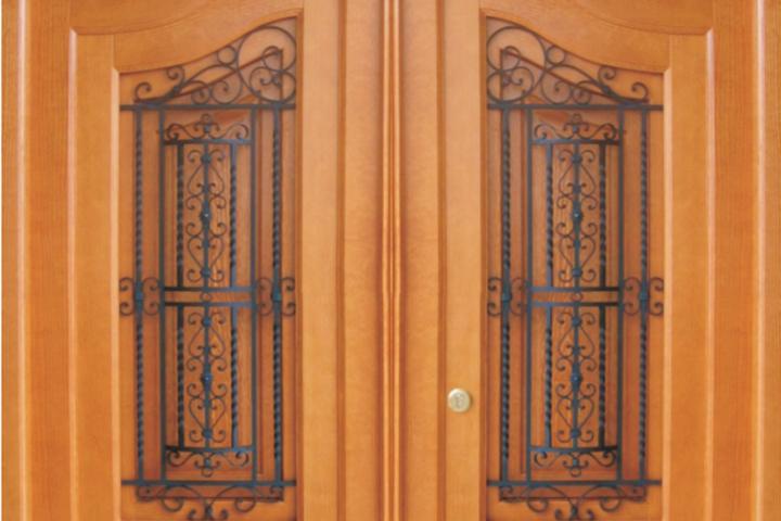 Puertas de Entradas Macizas
